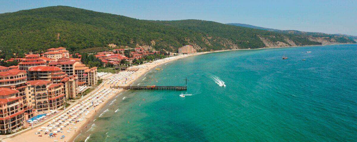 Болгария планирует открыть туристический сезон 1 июля