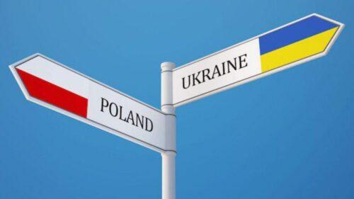 Польща скасувала 14-денний карантин для пасажирів літаків із України
