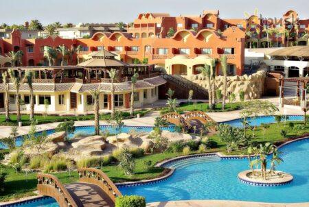 Отели Набк и Набк Бей в Шарм-Эль-Шейхе с плавным входом в море.