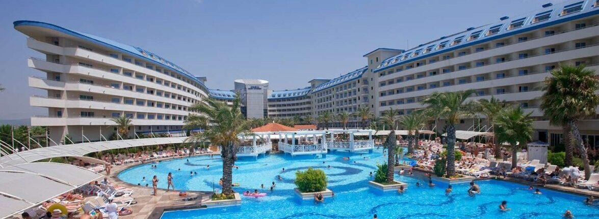 Crystal Admiral Resort Suites & Spa5*