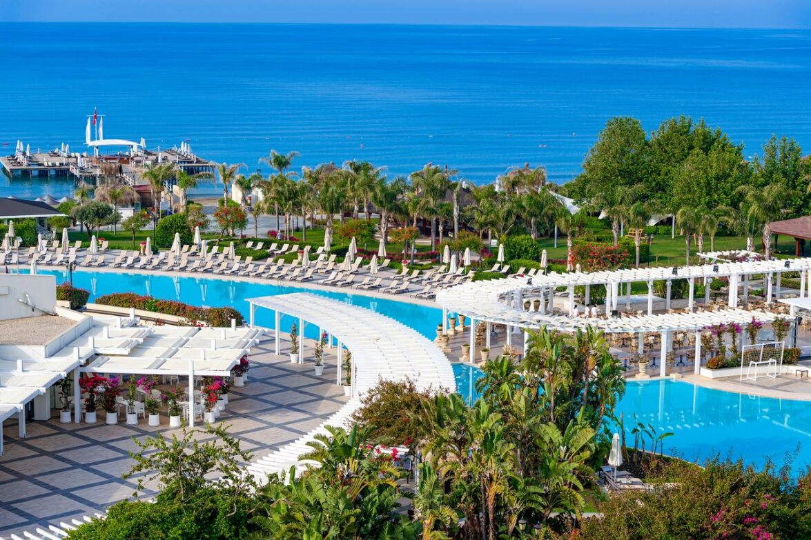 Ela Quality Resort Hotel5*